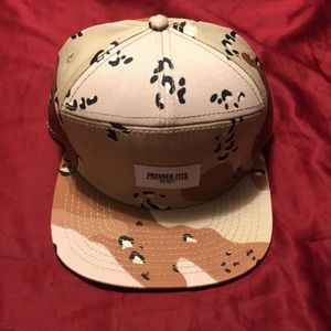 Other - Premier Fits snapback - camouflage